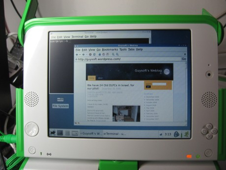 OLPC Israel Debian running the epiphany browser and a shell